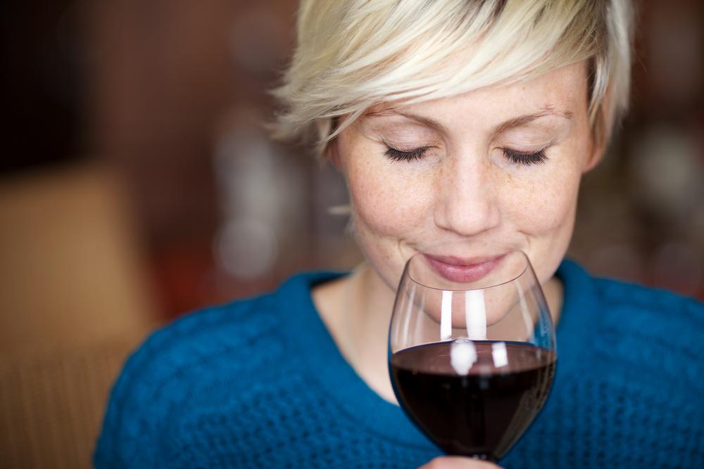 femmes et le vin
