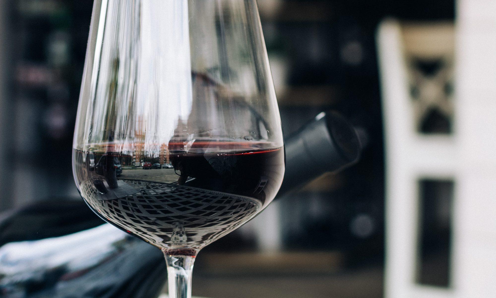 comment servir un vin
