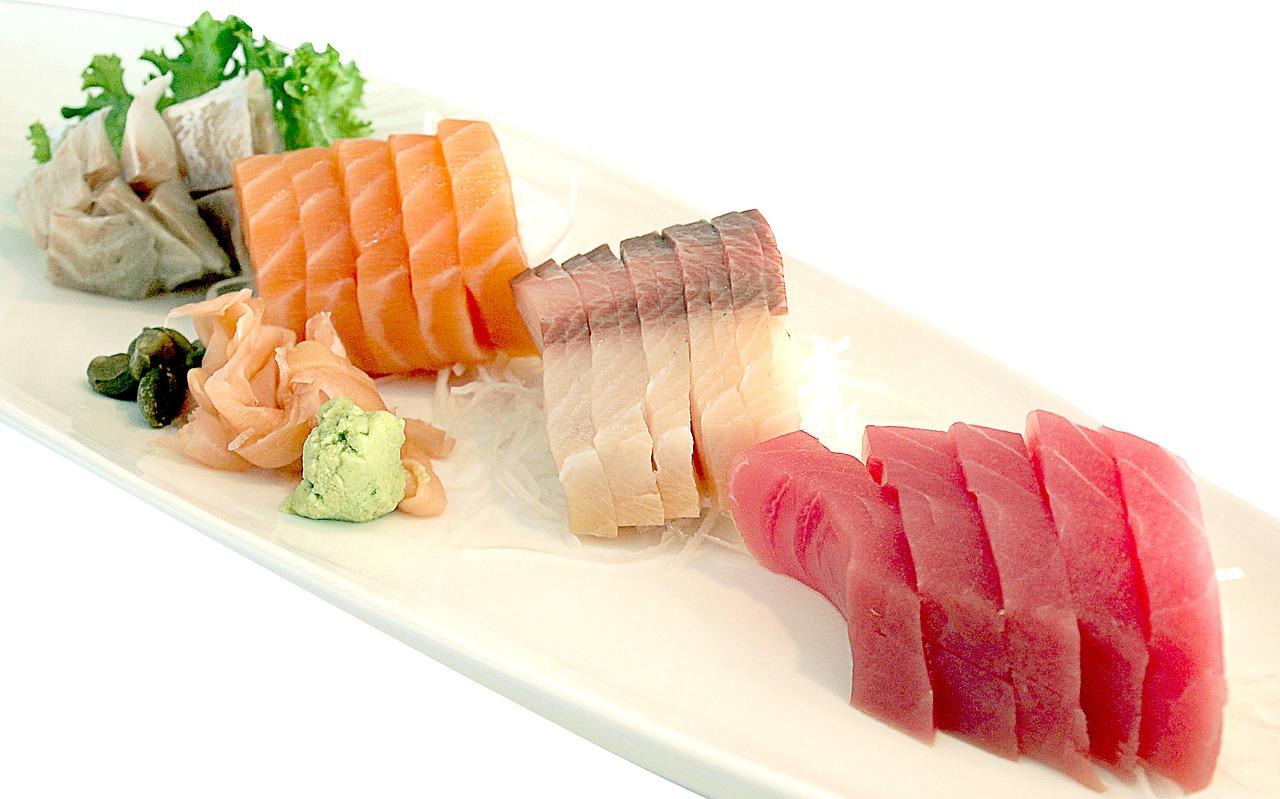 sushi au saumon origine