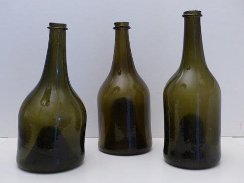 ancienne bouteilles de vin